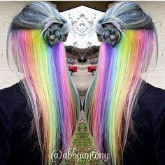 Hidden rainbow hair? Love it❤️       Buuut... I would look really bad with it