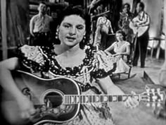 Kitty Wells - Making Believe (1955) wem          Music from the year I was born!