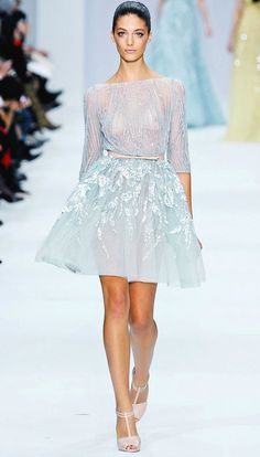 Elie Saab Spring Couture 2012 pastel gowns are pretty amazing. Style Couture, Couture Fashion, Runway Fashion, Fashion Show, Fashion Looks, Paris Fashion, Elie Saab Couture, Types Of Dresses, Short Dresses