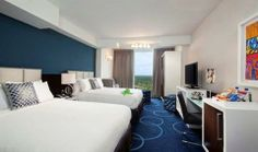 This non-smoking hotel provides a number of amenities including a lake, a free shuttle service and valet parking. The hotel also provides me...