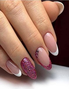 Explicitly Beautiful Glitter Nail Art Designs to Look Incredible on This Wedding - Nails - Nail Art Designs Images, French Nail Designs, Simple Nail Art Designs, Best Nail Art Designs, Glitter Nail Art, Gel Nail Art, Nail Art Diy, Easy Nail Art, Nagellack Design