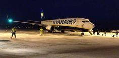 Ryanair-Boeing-737-800