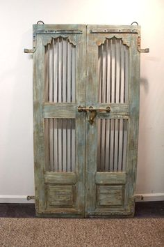 Reclaimed Antique Architectural Salvage Door w/ Wrought Iron Interior Door Trim, Interior Barn Doors, Diy Barn Door, Diy Door, Barn Wood Cabinets, Old Screen Doors, Reclaimed Doors, Vintage Doors, Rico Design