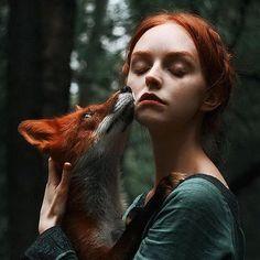 Рыжие девушки и лисицы: фотографии Александра Бочкарева