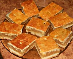 Vegan Desserts, Dessert Recipes, Albanian Recipes, Romanian Food, Apple Pie, Cornbread, Delish, Bakery, Food And Drink