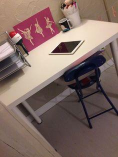 Corner Desk, Furniture, Home Decor, Desk, Corner Table, Decoration Home, Room Decor, Home Furnishings, Home Interior Design