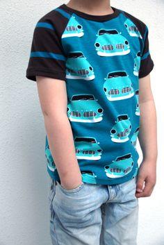 Safari Raglan (pattern Titchy Threads) in Paapii jersey, sewn by huisje boompje boefjes