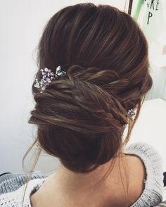 Wedding Hair inspiration #weddinghair #weddinginspiration #bridalhair