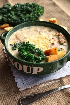 Zuppa Toscana Soup is a super delicious soup flavored with Italian sausage, Kale, potato, chicken broth, bacon and cheese. Warning, will be addictive.