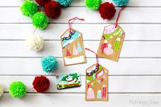 OMG these Colorful Stitched Gift Card Holders are so stinking cute! I need to add this to my gift ideas for those gift cards I give out this time of year. Christmas Sewing, Christmas Fabric, Christmas Tag, Christmas Projects, All Things Christmas, Holiday Crafts, Christmas Ideas, Holiday Ideas, Xmas