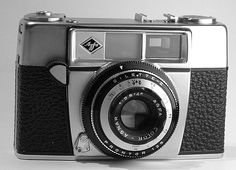 Silette II is a film viewfinder camera made by Agfa and introduced in It belongs to the long lasting Silette series. Similar to Agfa Silette I except twin-windows bright-line viewfinder and self-timer. The lens is Color-Agnar and the shutter is Prontor Viewfinder Camera, Retro Photography, 35mm Film, Shutter, Twin, Lens, Windows, Bright, Digital