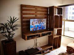 Art's Pallets: Painel para tv e estante e mesa de centro