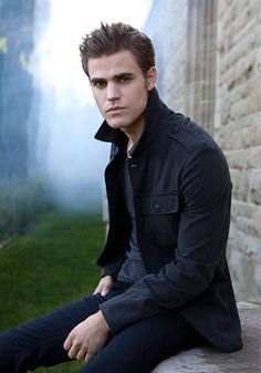 Paul Wesley! Looking good there!! The Vampire Diaries