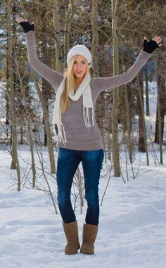 Hickory Bearpaw outfit / Tan Bearpaw Boots Outfit / Light Brown Bearpaw Outfit with Grey Sweater Teen Winter Outfits, Cute Fall Outfits, Winter Clothes, Ugg Boots Outfit, Boot Outfits, Ugg Winter Boots, Modest Outfits, Modest Clothing, Clothing Ideas