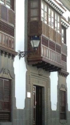 C/de los Balcones.Las Palmas de GRAN CANARIA. Where Do I Go, Canary Islands, Holidays, Community, Ideas, Wonderful Places, Continents, Balconies, Palms