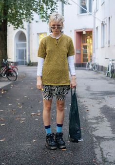 Hipster Grunge, Grunge Goth, Street Style Vintage, Street Style Blog, Looks Street Style, Over The Top, Cool Outfits, Summer Outfits, Rockabilly