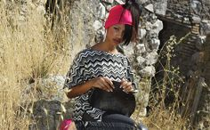 This is my first collection as a freelance fashion designer, the concept is a mix of intrigue and elegance the geometrical lines and streetwear elements combined with minimal embelishment and modern prints. Fashion designer: Jennifer Somoza Model: Busuhan Getachew photographer: Emiliano Cerasa