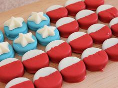 Make an American flag out of dipped Oreos!