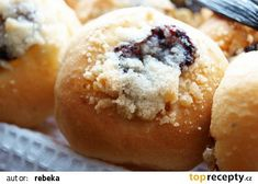 Koláčky jako kynuté, ale bez kynutí recept - TopRecepty.cz Hamburger, Muffin, Bread, Baking, Breakfast, Buns, Morning Coffee, Brot, Bakken