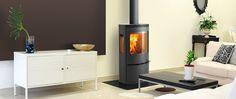 ILD 10 er elegant vedovn med sideglass som gir godt innsyn til flammene Stove, Home Appliances, Elegant, Design, Saint, Gas Stove Fireplace, Woodwind Instrument, Home, Group