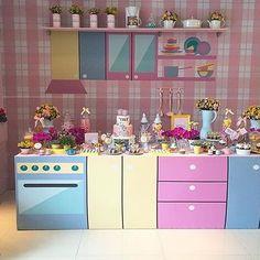 Festa infantil linda para menina com tema  Cozinha, adorei! @xuxapires #kikidsparty