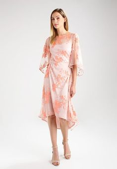 Miss Selfridge SEQUIN - Occasion wear - pink for with free delivery at Zalando Tropical Fashion, Tropical Style, Occasion Wear, Miss Selfridge, Fabric Material, Pink Dress, Party Dress, Sequins, Floral