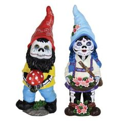 Bring seasonal charm to your outdoor patio or garden with this pair of Sugar Skull gnome figurines. A durable ultraviolet treatment enhances resilience against sunlight and keeps the hand-painted moti Funny Garden Gnomes, Gnome Garden, Small Garden Landscape, Big Garden, Gnome Statues, Garden Statues, Lanterns Decor, Day Of The Dead, Raised Beds