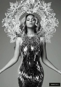 Promo of Mrs. Carter show World Tour 2013