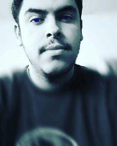 Me me me.... purple eyes!!! - MrJuniorer