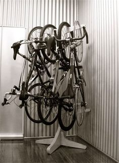 jak przechowywać rower w małym mieszkaniu - Szukaj w Google