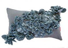 3D felt flowers