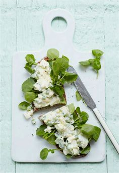 A delicious British summer classic made in a healthier way. Sometimes the oldies are the goodies!