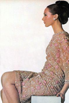 Marisa Berenson by Penn. Vogue 1965
