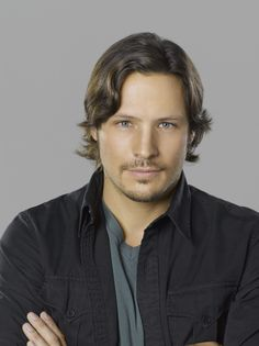 Jack (Nick Wechsler) from the show Revenge..cutie