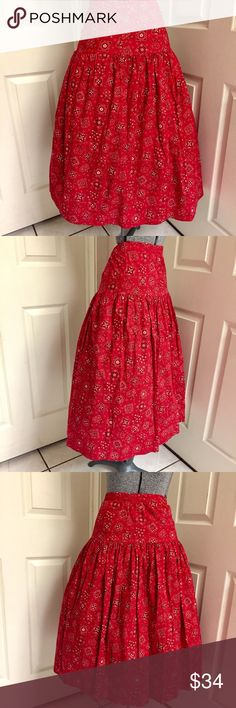 VINTAGE red bandanna skirt ❤️ Vintage FULL rockabilly RED bandanna print SKIRT! Excellent condition! Size labeled as a medium. Should fit a M/L. Comfortable elastic waistband measures at 32 inches with max stretch to 34 inches. Total skirt length is 30.5 inches. Skirt is very full but NOT a full circle. Shown with a crinoline (NOT included). 100% cotton, machine washable. PERFECT skirt for country or swing dancing. Pin-up perfection, just add retro red heels! 👠 Vintage Skirts A-Line or Full