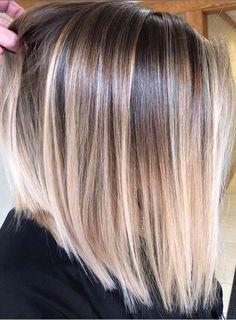 Move Straight Hair Highlights, Balayage Straight Hair, Blonde Balayage Highlights, Hair Color Highlights, Ombre Hair Color, Hair Color Balayage, Chunky Highlights, Haircolor, Caramel Highlights