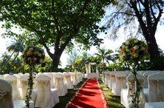 A wedding under at the rain tree garden ~ Shangri-la's Rasa Sayang Resort & Spa, Penang.