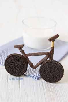 Oreo bicycle #Oreo #bicycle by little Cook. You can see tutorial in http://www.littlecook.es/index.php/en/