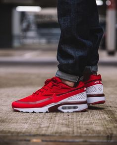 Tomorrow   Nike Air Max Ultra BW   EU 40.5 - 46   Priced At € 144,95   Available Online at 9Am CET And In-Store At 11AM CET   WORLDWIDE SHIPPING   #overkillshop #teamoverkill #nike #highsnobiety #sneaker #sneakers #womft #thedropdate #wdywt...