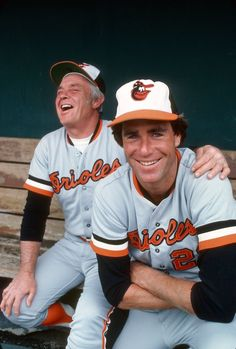 Pitcher Jim Palmer and manager Earl Weaver of the Baltimore Orioles laughing in this photo before a Major League Baseball game circa Palmer played for the Orioles from Get premium, high resolution news photos at Getty Images Play Baseball Games, Best Baseball Player, Baseball Pitching, Pro Baseball, Baseball Photos, Sports Photos, Baseball Live, Baseball Field, Baseball Cards