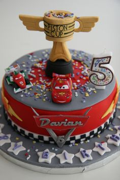 Lightning Mcqueen and Piston cup birthday cake