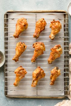 Overhead photo of baked salt and vinegar chicken wings on a wire rack lined sheet pan - photo of step 6 of the recipe. Recipe Using Chicken, Chicken Wing Recipes, Pizza Appetizers, Vinegar Chicken, Baked Chicken Wings, Fried Vegetables, Bread Bowls, Air Fryer Recipes, Pan Photo