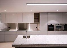 Alta : Kitchen