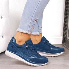 Womens Wedge Sneakers, Moda Sneakers, Casual Sneakers, Casual Heels, Sneakers Fashion, Fashion Shoes, Ladies Sneakers, Ladies Shoes, Leather Fashion