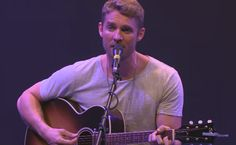 Brett Young performing Olivia May Best Friend Love, Best Friends, Country Singers, Country Music, Brett Young Lyrics, In A Heartbeat, Love Of My Life, Beats, Husband