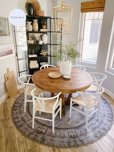 Top Rated Home Decor Sites Boho Home, Kitchen Nook, Apartment Living, Home Kitchens, Living Room Decor, Dining Room, Kitchen Remodel, Sweet Home, New Homes