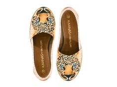 I get around just so fine! Cheetah Shoes, Boutique, Tory Burch Flats, Resort Wear, Heels, How To Wear, Clothes, Mykonos, Orchid