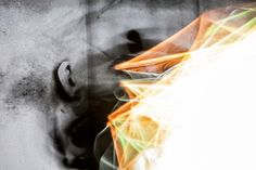"""Über Selfie. Aus der Serie """"Der Traum der Vernunft gebiert Ungeheuer"""" 2015 Rotierende Drahtgitter Skulptur """"Neuromancer 1"""", Selbstportrait Projection Mapping aus der Serie """"Pathfinder"""", schwarzer Stoff Skulptur, Objekt, Video, Installation, Fotografie Markus Wintersberger 2015"""
