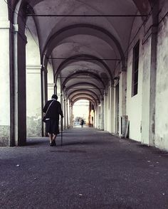 Chi va piano va sano e va lontano 👵🏻💙#TGIF #notmynonna . . . #Vsco #shotaward #princely_shotz #phototag_it  #exklusive_shot  #ig_worldclub  #igworldclub #exploreeverything  #vscocam #vscogood  #igglobalclub  #superhubs_power  #bestvacations  #instagood  #perspective  #MilanoLovesStreetart #Milano #ig_milan #gf_italy #vzcomood  #ig_italia  #rsa_streetview #tv_pointofview #tv_living  #ig_energy  #igerspavia #huffpostgram