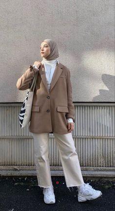 Modest Fashion Hijab, Modern Hijab Fashion, Street Hijab Fashion, Modesty Fashion, Hijab Fashion Inspiration, Korean Girl Fashion, Muslim Fashion, Mode Inspiration, Mode Ootd